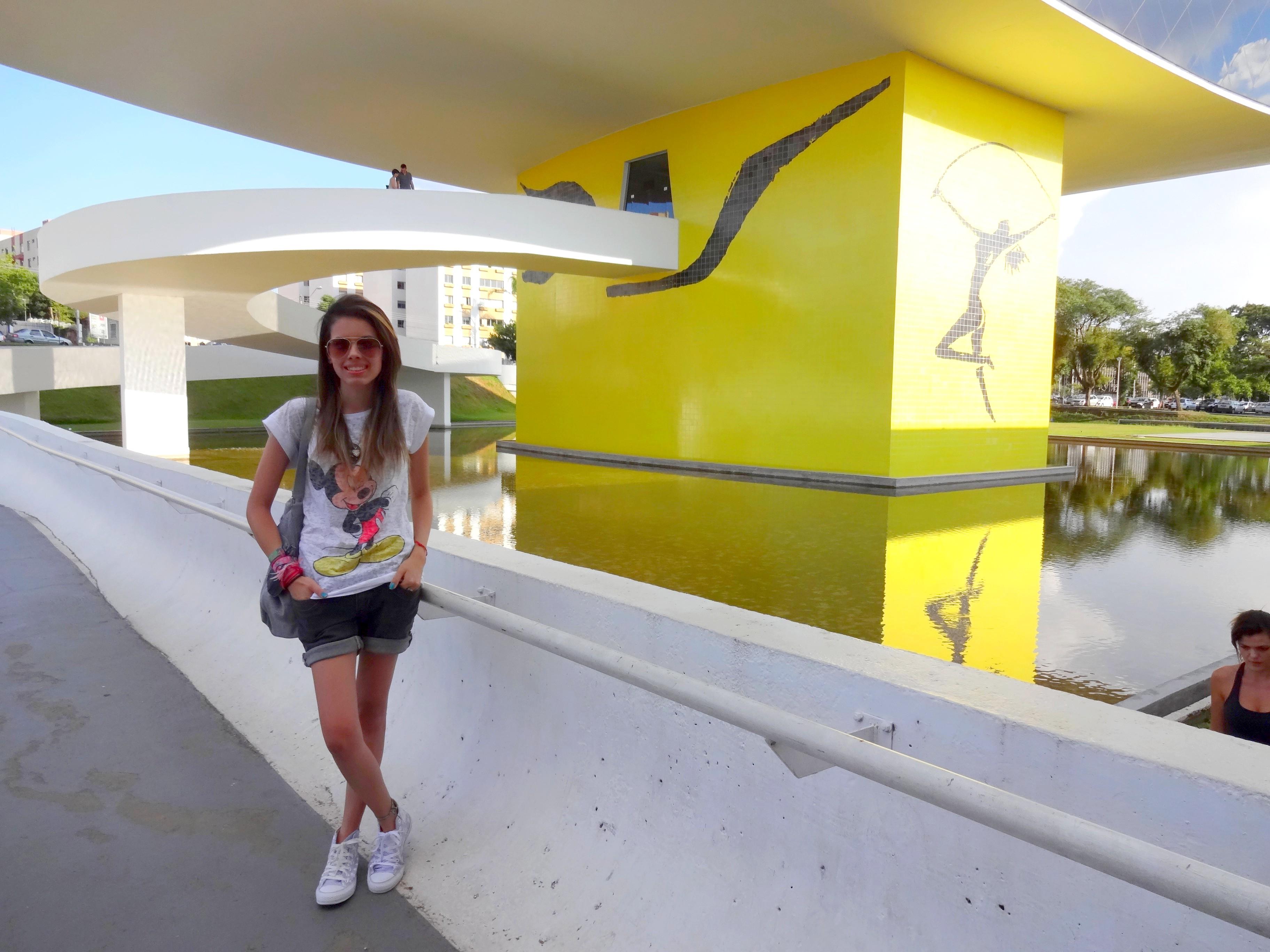 museu-do-olho-02